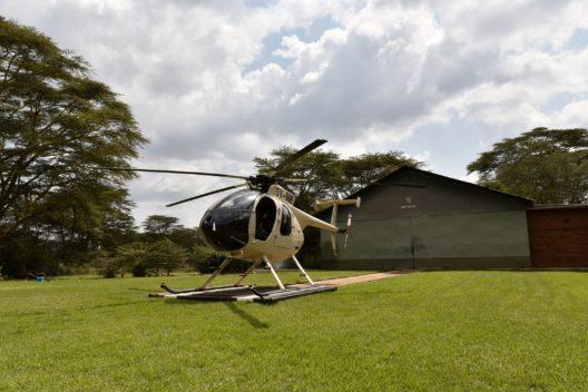 Helikopter der Lewa-Anti-Wilderei-Einheit. Dank Unterstützung des Zoo Zürich kann er auch nachts fliegen. (Bild: Zoo Zürich, Martin Bauert)